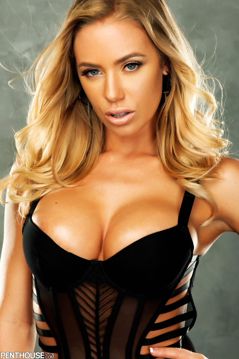 Over high resolution images with slide show and zoom options all downloadable nicole aniston in monarch